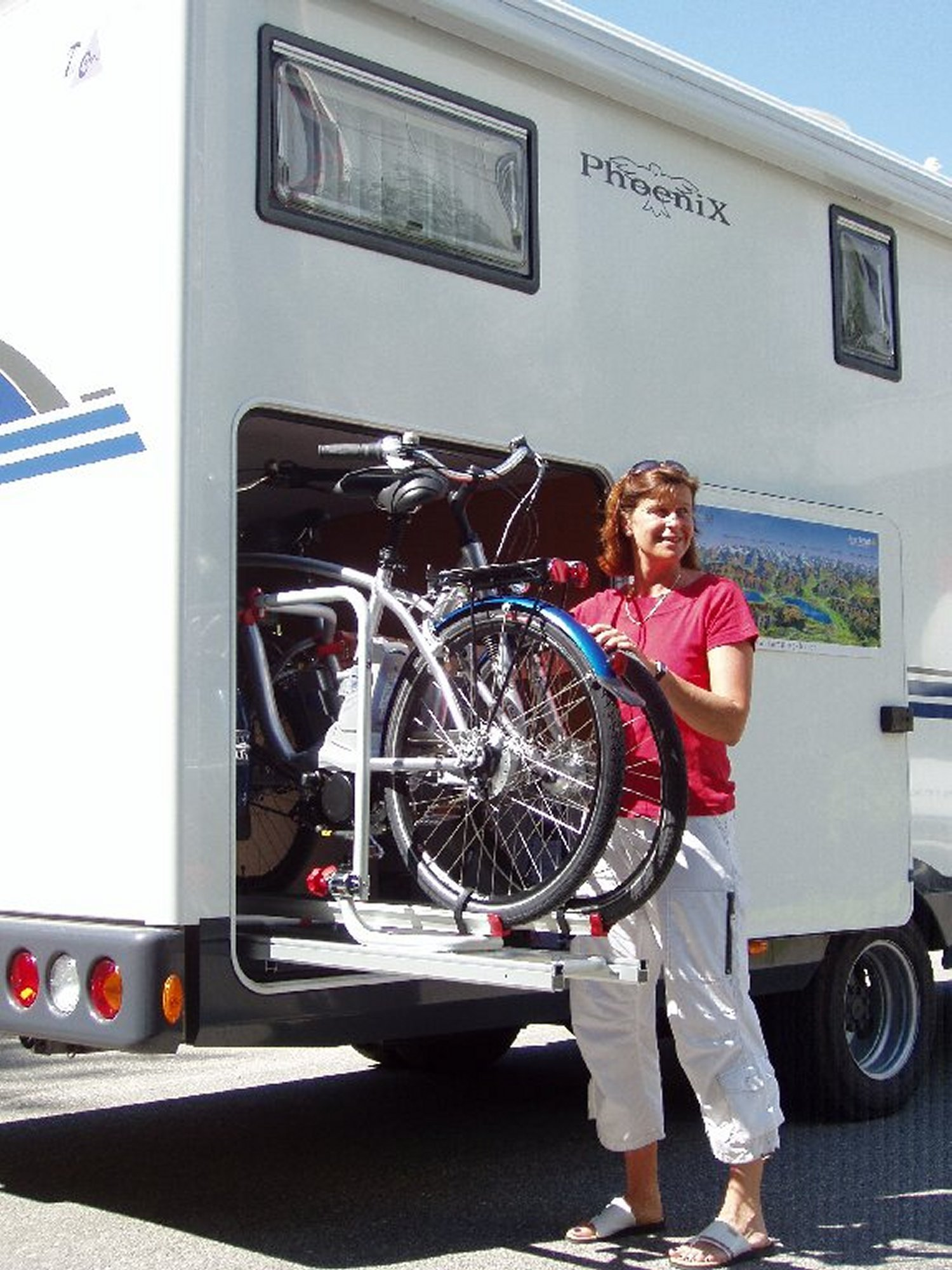 Photos videos - Porte velo electrique pour camping car ...